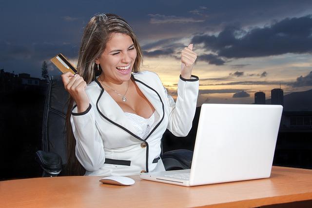 žena, radost, kreditní karta, počítač, nákup