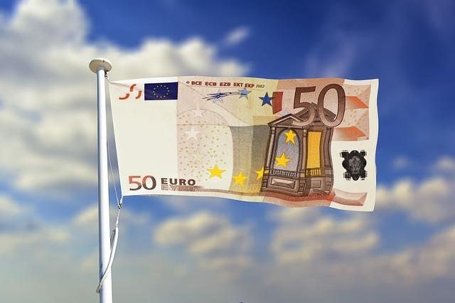 vlajka, 50 euro na stožáru